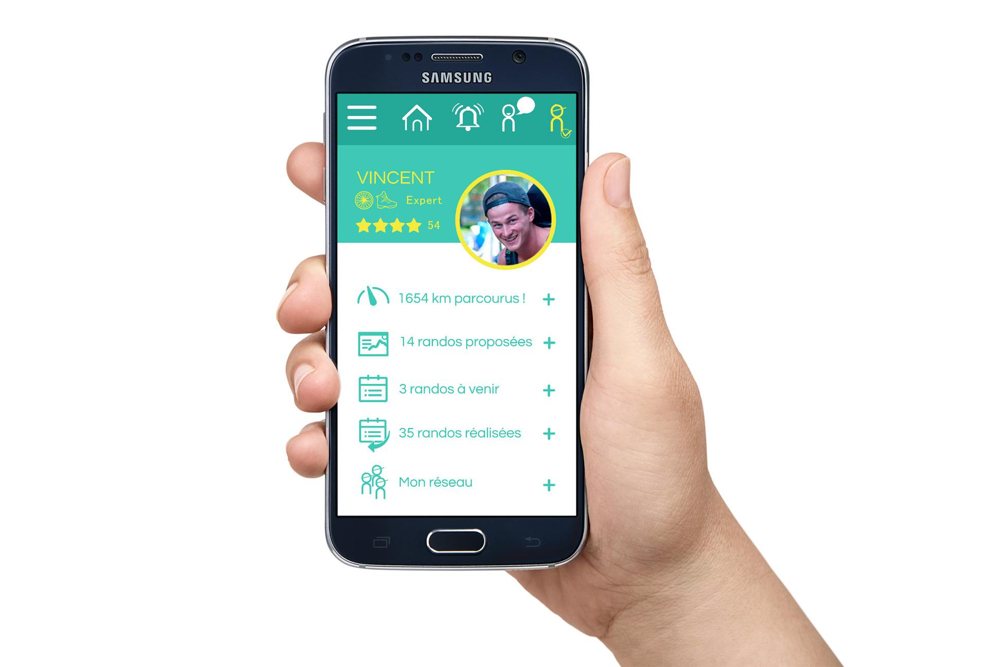 smartphone fond vert et écritures